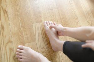 足の甲マッサージ
